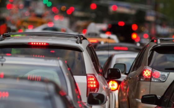 comment se forme un embouteillage sur la route?