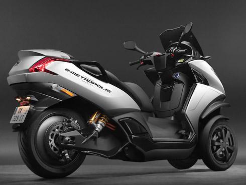Modèle scooter électrique Peugeot