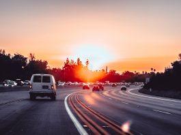 Autoroute le soir