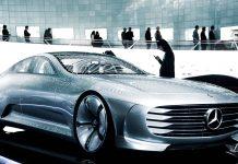 Modèle de Mercedes au CES 2021